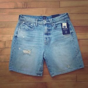 "🆕 GAP high rise 7"" denim short"